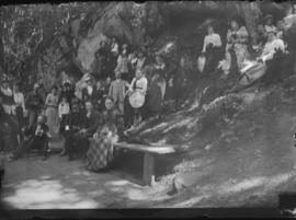 Large Group at Springs, pose 2