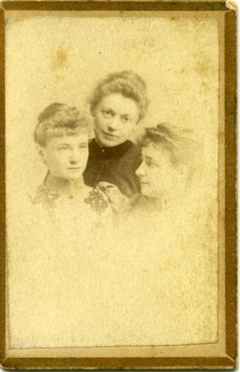 Ethel Arthur, Minnie Hallowell, Carrie Clark