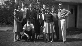 Group of young men and women, Lennoxville