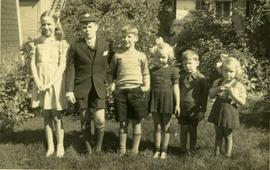 Grandchildren of Edward Lyon and Alice Dawson