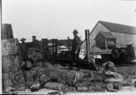 Workers cutting wood, Dixville