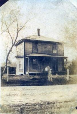 House in Huntingville