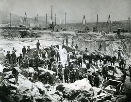 Jeffrey Mine workers in Asbestos