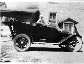 Mr. J. E. Palmer in his Overland
