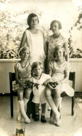 Joyce Marshall (back left) with siblings