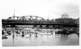 Flood in Sherbrooke, Aylmer Bridge