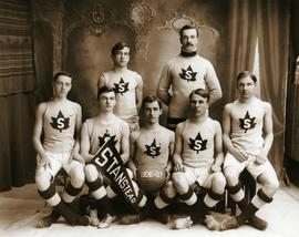Basketball team 1906-1907